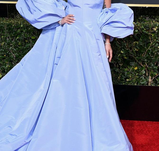 لباس حراج شده لیدی گاگا